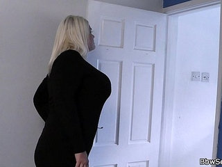 She finds him cheating with blonde fatty | blondecheating